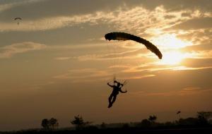 skydive-pennridge-parachute