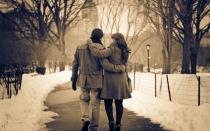 couple-on-a-walk